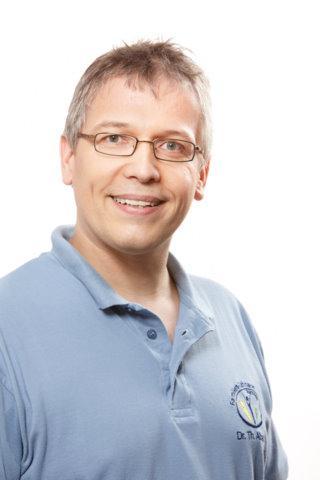 Pin dr med dent rolf hess stiftungspraesident r at tele for Albrecht hesse
